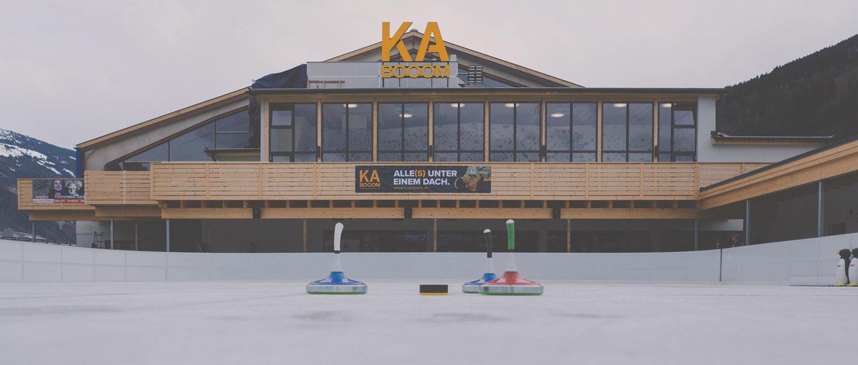 Ice rink / Fun Court