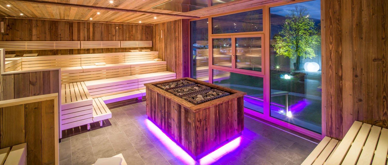 Sauna mit Blick auf die Bergwelt