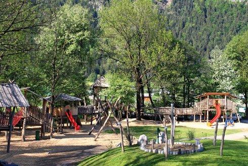 großer Abenteuerspielplatz in Schlitters