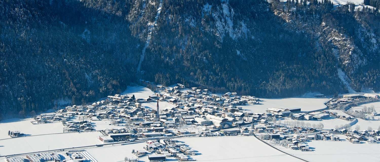 Winterpanorama Schlitters Vogelperspektive
