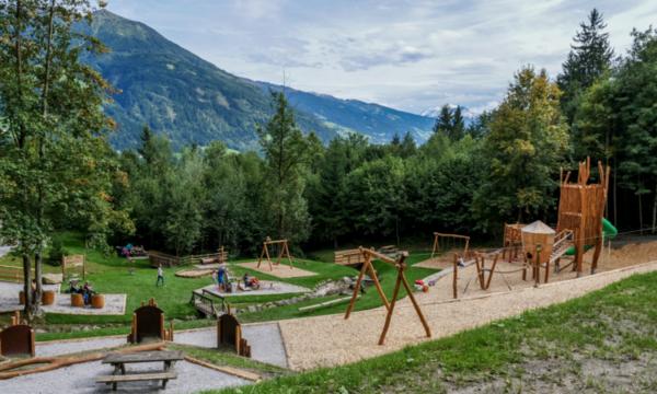 Ausflugsziel für Familien, der Themenweg in Fügen im Zillertal