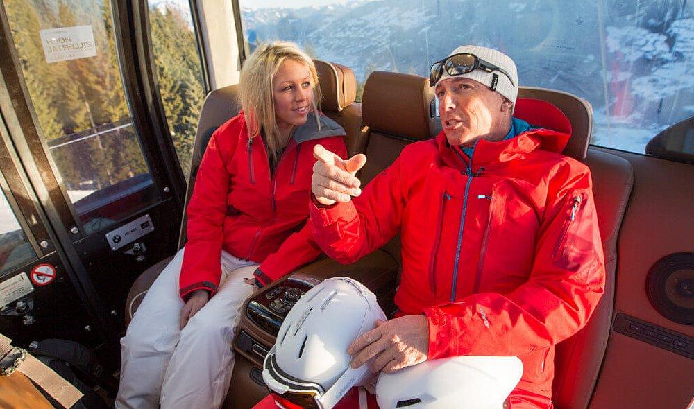 Ins Skigebiet Hochzillertal mit der BMW VIP Gondel