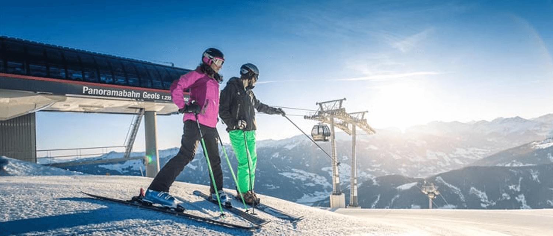 Skifahrer Bergstation Spieljoch