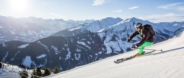 Skifahrer Skigebiet Zillertal