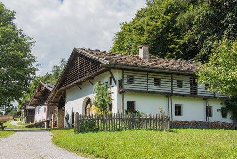 Außenansicht Museum Tiroler Bauernhöfe