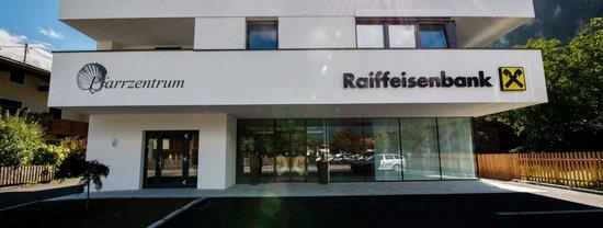 Raiffeisenbank Strass Gebäude