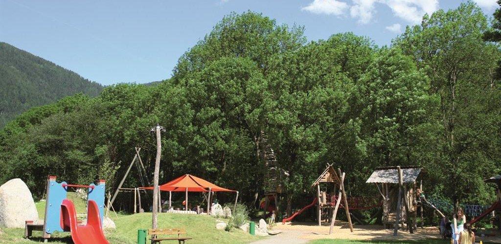 Spielplatz-2009.jpg