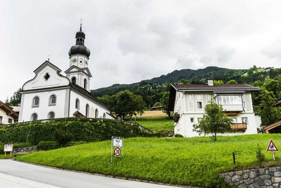 Kirche Hl. Bartolomäus Hart im Zillertal