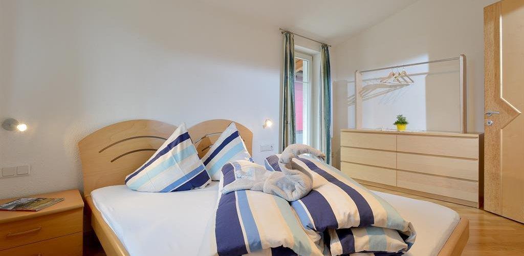 Appartement-Top1-Schlafzimmer1.jpg