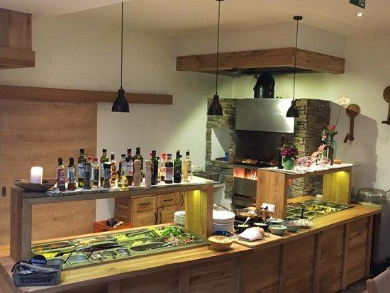 Restaurant Almdiele in Hart im Zillertal - Grill