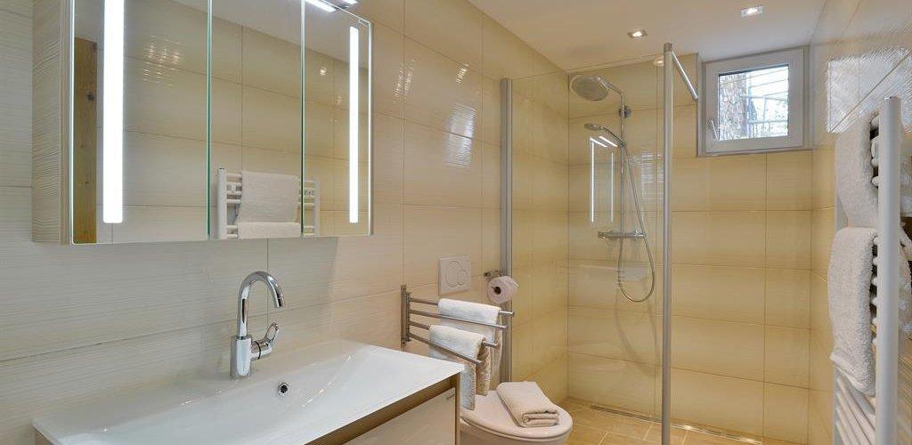 Wohnung-3-Badezimmer.jpg