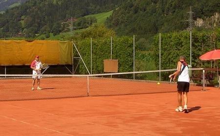 Tennisplatz uderns