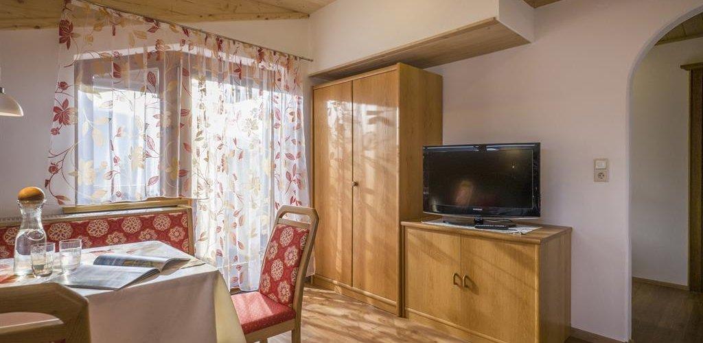 Apart-1-Wohnzimmer1.jpg