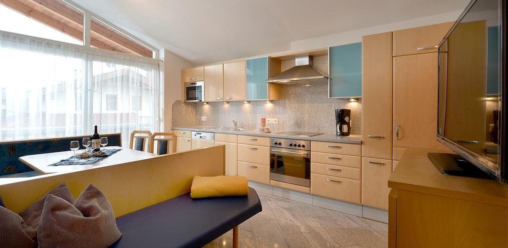 Appartement-Top1-Wohnkueche.jpg