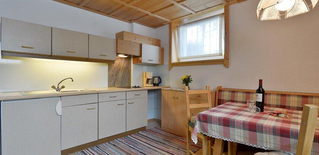 Wohnung-3-Wohnkueche.jpg