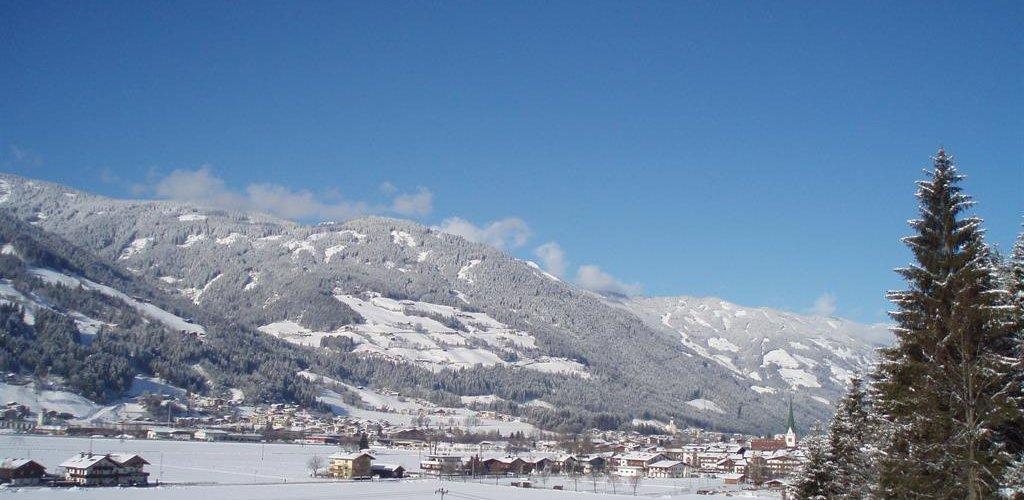 StummGaestehaus-Johann-EberharterAusblick-Winter.jpg